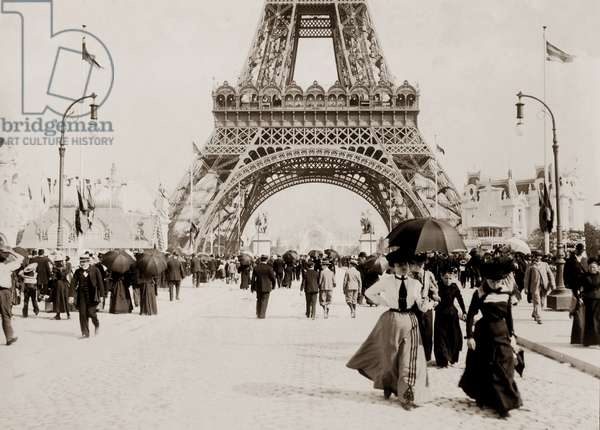 Champ de Mars and the Eiffel Tower at the Exposition Universelle, Paris, 1900 (b/w photo)