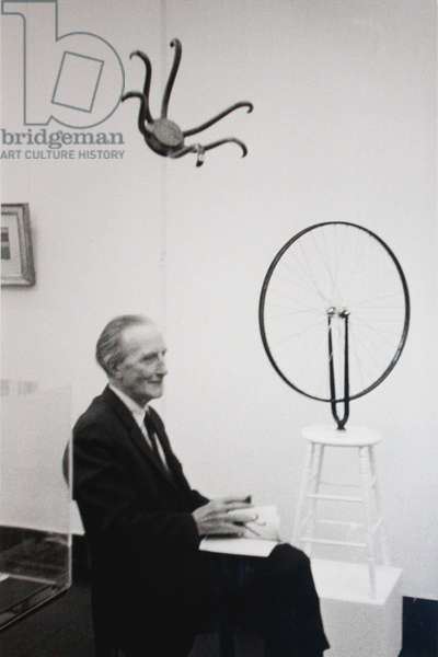 Marcel Duchamp at Kestnergesellschaft, Hanover, 1965 (b/w photo)
