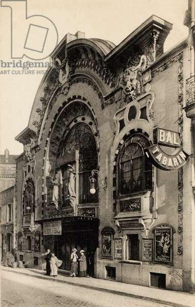 Le Bal Tabarin, Montmartre, Paris, 1900 (b/w photo)