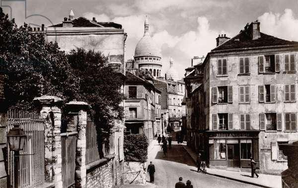 Sacre Coeur, Place Jean Baptiste Clement, rue Norvins, Paris, 1930 (b/w photo)