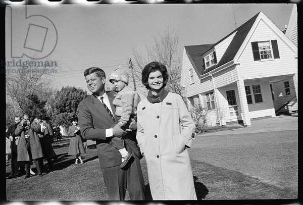 John F. Kennedy with Jackie Kennedy and daughter, Caroline, 1960 (b/w photo)