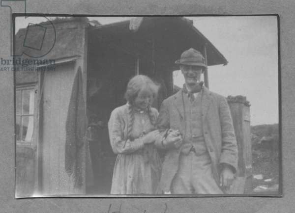 Harold and Laura Knight (b/w photo)