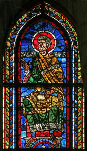 Window w207 depicting Zachariah (stained glass)