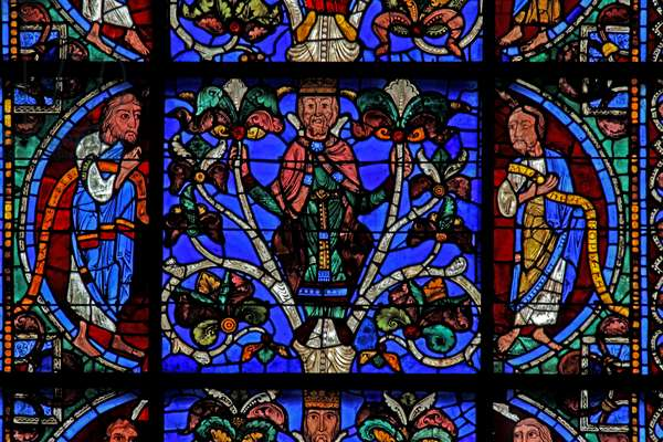 The Tree of Jesse: Isaiah, Jesse king, Micah (w49) (stained glass)