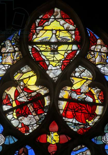 Window w10 depicting the Trinity (stained glass)