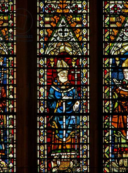 Window Ww depicting an Archbishop (stained glass)