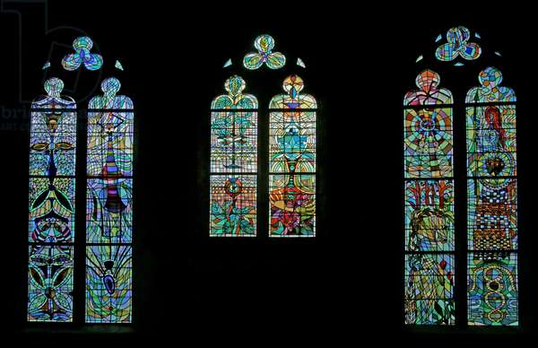 View of the South Windows of the Gourney family (stained glass)
