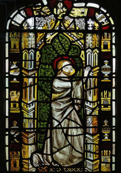 Window n2 depicting St Thomas (stained glass)