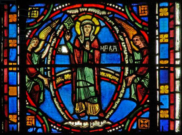 Window s2-C depicting the Assumption of the Virgin Mary (stained glass)