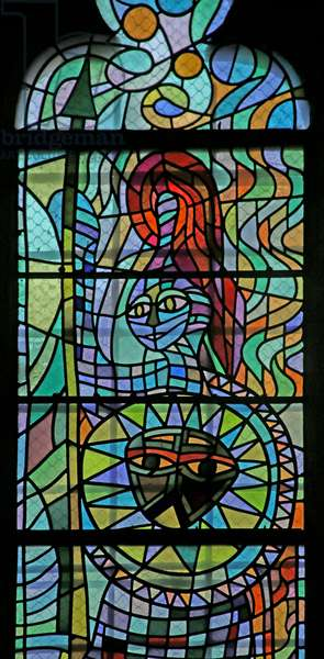 Detail of one of the windows in the south chapel of the Gourney family: Minerva (stained glass)