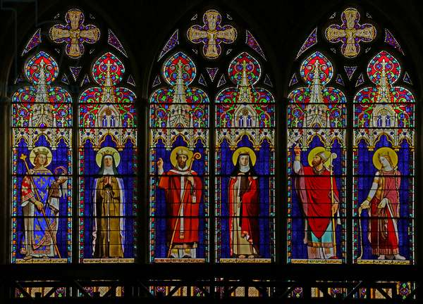 Window depicting Six figures by Ingres with architectural surround by Viollet le Duc (stained glass)