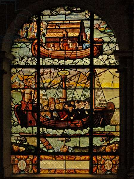Window in the Charnier (w.3) depicting the Noah's Ark story and The Church with Christ and the Faithful (stained glass)