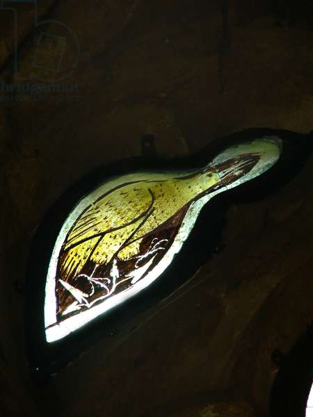 Window s5 depicting a bird (stained glass)