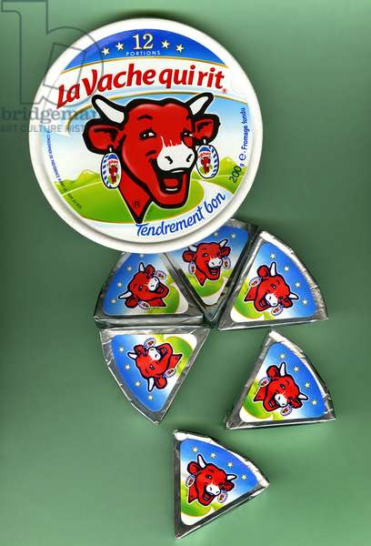 """Box of melted cheese spread """"La vache qui laughs"""" from the Bel cheese factories, with its individual portions in the packaging marketed in 2007."""