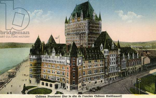 Château Frontenac in Quebec, built on the site of the former Chateau Haldimand between 1892 and 1924 - This famous hotel of the Canadian Pacific Railway Company whose architecture is inspired by the French Renaissance castles is located in the Old Quebec Cap Blanc Colline-Parliamentarian (Vieux Quebec Cap Blanc Colline) Parliamentarian) of the borough La Cite-Limoilou overlooking the St. Lawrence River from the Dufferin Terrace - Canada - Postcard 1926 -