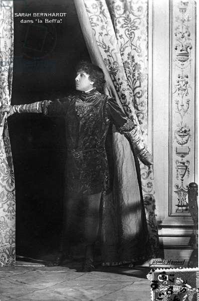 "Henriette Rosine Bernard called Sarah Bernhardt (1844-1923) in the play """" la Beffa"""""