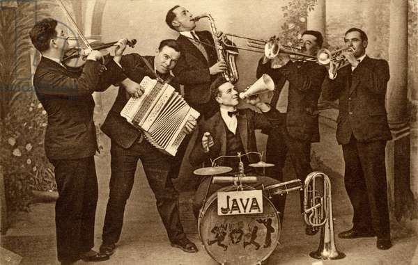 """The village dance orchestra """"The Oriental Jazz"""" by Ferrals (Aude) around 1920-1930. These musicians also played java, as evidenced by this postcard of the period, due to the photographer Costeseque de Lezignan (Aude)."""