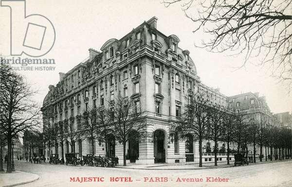Paris: Hotel Majestic, avenue Kleber (Place de l'Etoile), postcard beginning 20th century (b/w photo)