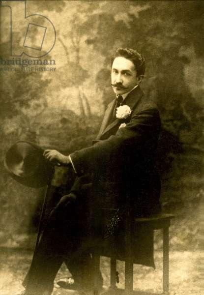 Portrait of Count Robert de Montesquiou (1855-1921), writer dandy francais (b/w photo)