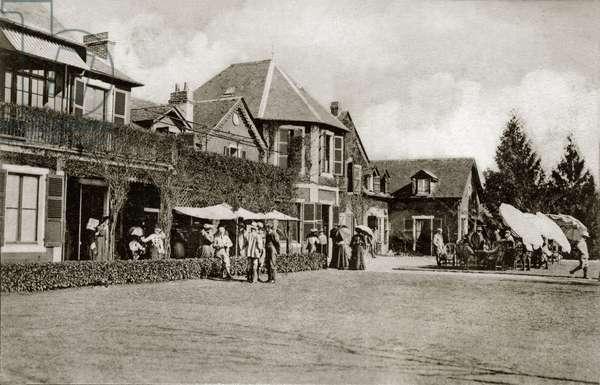 Pau, plain of Billere: the Golf Club (golf club, clubhouse) - postcard beginning 20th century sent in 1908 (b/w photo)
