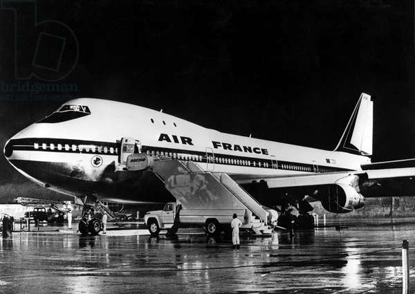 "April 1970: the first of the 4 Boeing 747 orders by Air France, registration F-BPVA, landed at Orly Airport and opened its new service on the Paris-New York line. This is the beginning of a new stage for the French airline: ""mass transport"". Shot and print of anonymous period."
