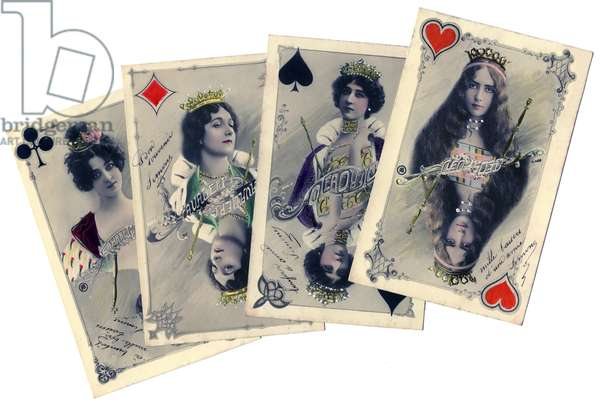 Cocottes des annees folles (Belle Epoque): 4 beautiful comedians, actresses, dancers and courtesans from the beginning of the 20th century represented in queens of a game of cards (both playing cards and postcards) - The dancer Cleo de Merode (1875-1966), Caroline (La Belle) Otero (1868-1965), opera singer Lina Alieri (1874-1944) and the dancer Saharet ( 1879-1942)