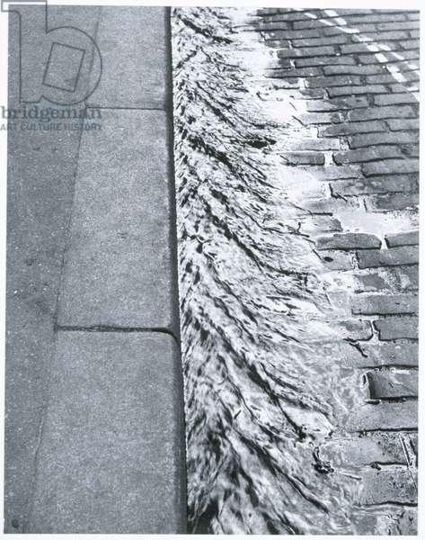 Paris, 1929 (gelatin silver print)