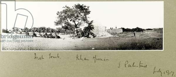 Arab tomb, Khan Yunis, South Palestine, July 1917 (b/w photo)