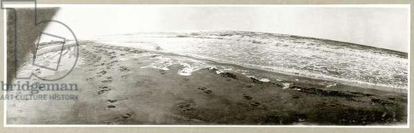 Beach at Khan Yunis, 1917 (b/w photo)