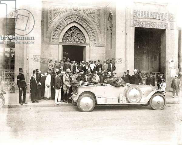Sherif Abdullah arrives at the Rifai Mosque, Cairo, early 1914 (b/w photo)