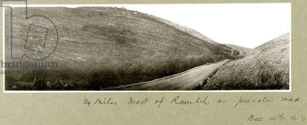 14 miles west of Ramleh on Jerusalem Road, 14th December 1917 (b/w photo)