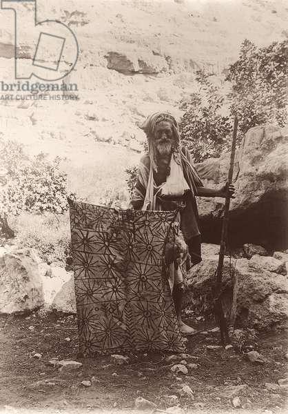 A hunter and decoy, c.1894-1914 (b/w photo)