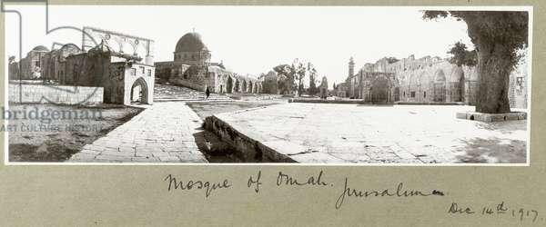 Mosque of Omar, Jerusalem, 14th December 1917 (b/w photo)
