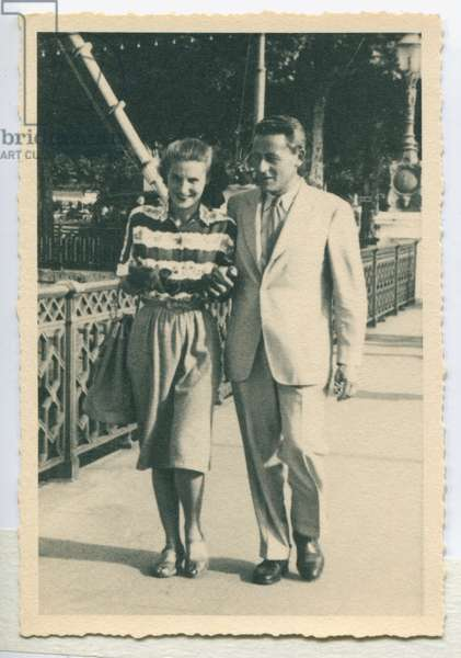 Paul-Émile Victor and his first wife, Éliane, Geneva, Switzerland, September 1947 (b/w photo)