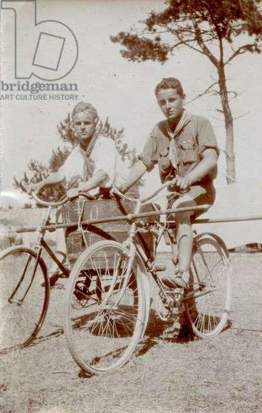 Paul-Emile Victor (18 years old), Ile d'Oléron, France? , Summer 1925 (b/w photo)