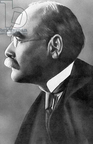 England / UK: English poet and novelist Rudyard Kipling (1865-1936), 1912