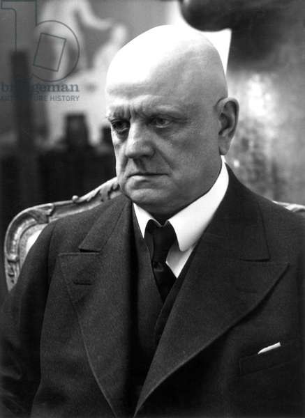 Finland: Jean Sibelius (1865 - 1957), composer and violinist, 1935