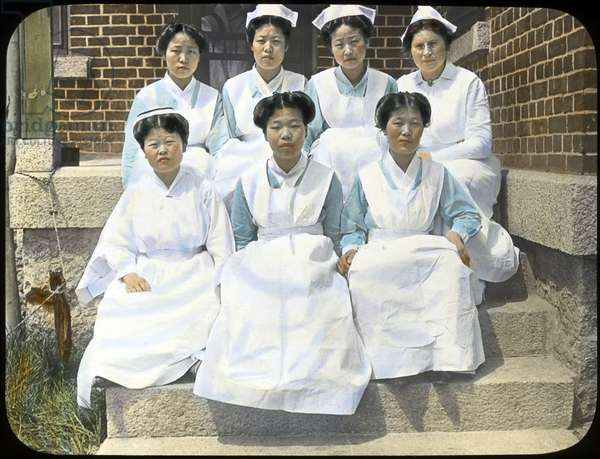 Korea: Nurses at Haeju Hospital, northern Korea, early 20th century