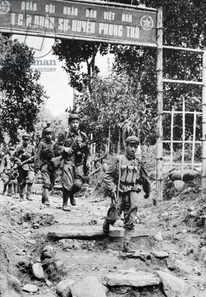 Vietnam: Chinese PLA troops occupying Phong Tho, Third Indochina War, 1979