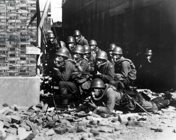 China / Japan: Japanese Special Naval Forces deployed for gas and/or chemical warfare, Battle of Shanghai, 1937