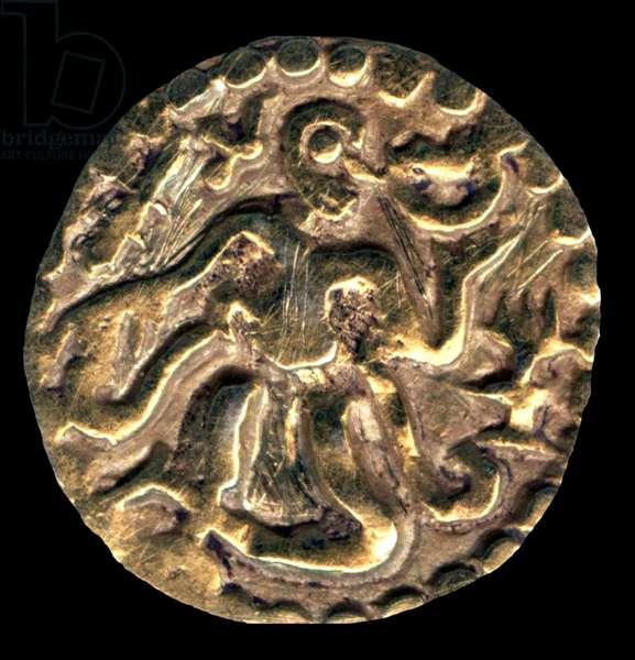 Sri Lanka: Gold Kahavanu coin, c. 11th century