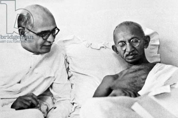 India: Mohandas Karamchand Gandhi (1869-1948), pre-eminent political and ideological leader of India's independence movement, with his personal secretary Mahadev Desai (1892-1942)