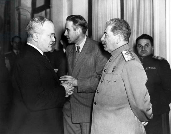 Russia / USSR: Vyacheslav Molotov (left) chats with Joseph Stalin (right), Averell Harriman, United States Ambassador to the Soviet Union 1943-1946 (centre) at the Yalta Conference, February 1945