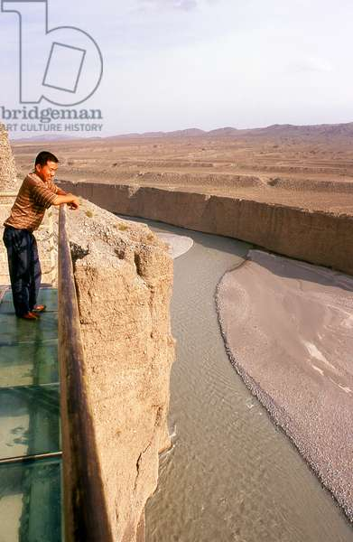 China: Glass balcony over the Taolai River Gorge marking the end of the Ming Great Wall near Jiayuguan Fort
