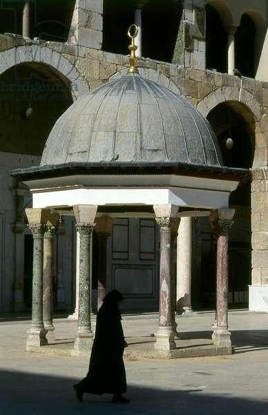 Syria: The central courtyard, Umayyad Mosque, Damascus (1998)