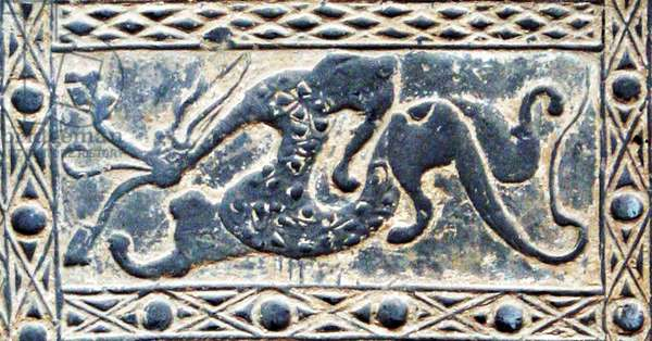China: Detail of a Han-dynasty (206 BCE–220 CE) pottery tile emblematically representing the Azure Dragon of the East, Musee Cernuschi, Paris