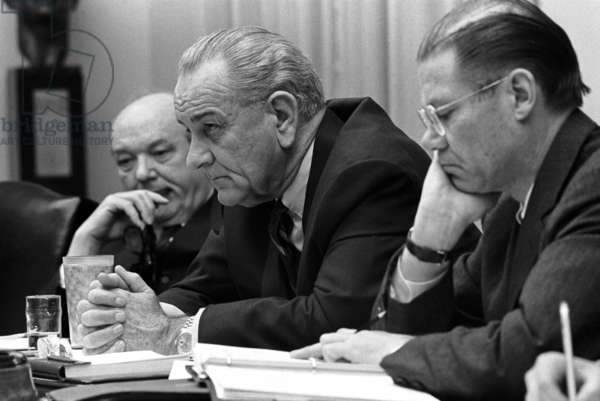 USA / Vietnam: Dean Rusk, Lyndon B. Johnson and Robert McNamara in a White House Cabinet Room meeting, February 1968