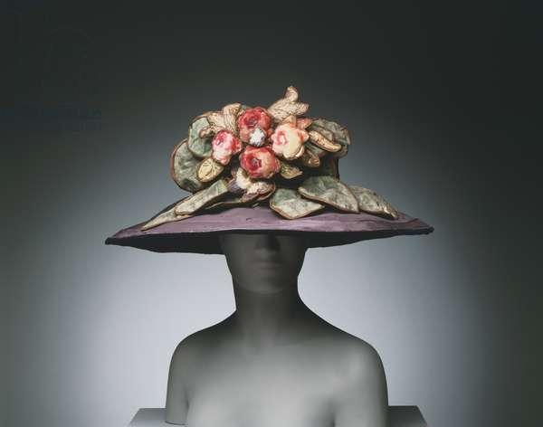 Woman's Hat, c.1920 (silk taffeta & painted velvet)