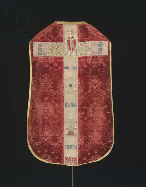 Chasuble, c.1450-80 (Cut & voided silk velvet weave; orphreys: linen compound twill weave with silk embroidery in couching, chain, encroaching satin, & padded satin stitches, laid work, & French knots)