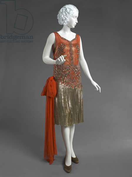 Woman's Evening Dress, Yteb, Paris, c.1926 (silver chiffon, silver lamé, sequins, and metallic thread embroidery